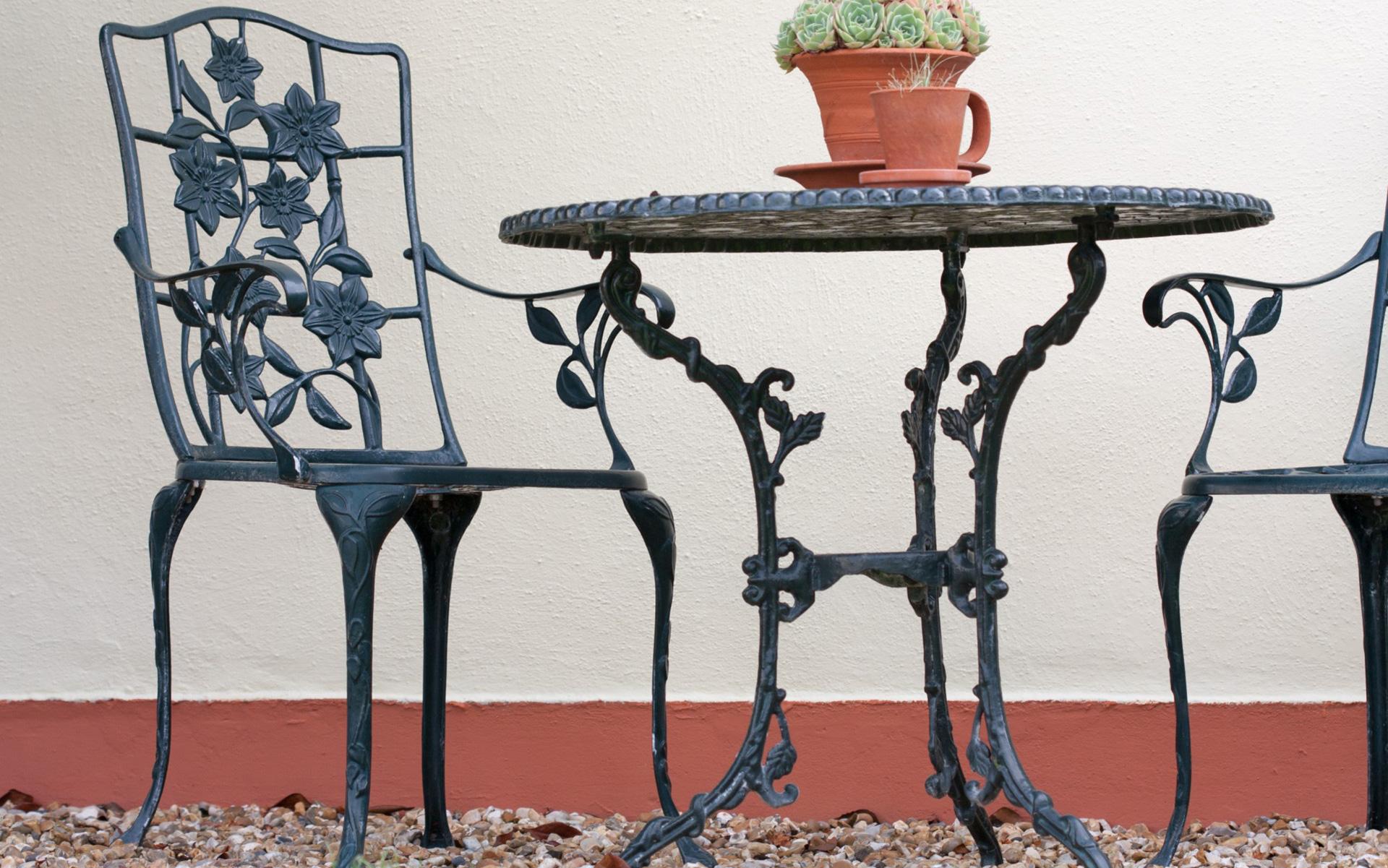 Kunstschmiede Szlavik Gallerie Skulpturen Gartenmoebel Preview 1 Fachgebiete